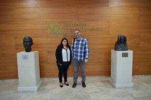 Laurie Loli Letellier junto a José Luis González.